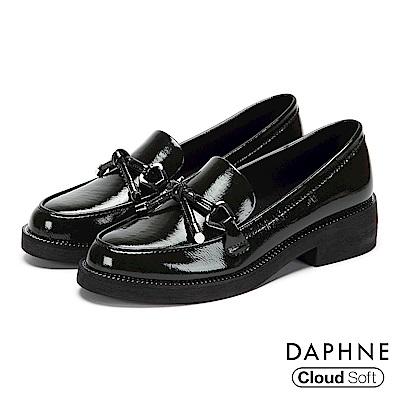 達芙妮DAPHNE 樂福鞋-漆面蝴蝶結雲軟鞋墊樂福鞋-墨綠