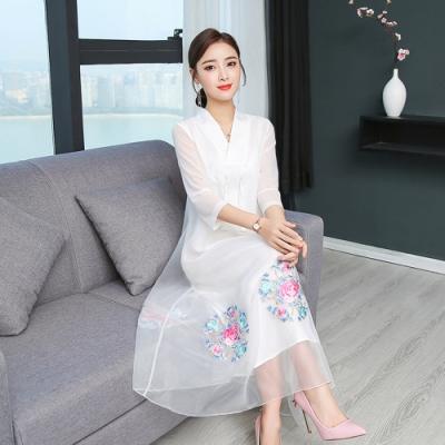 復古東方V領寬鬆刺繡洋裝M-3XL(共二色)-REKO