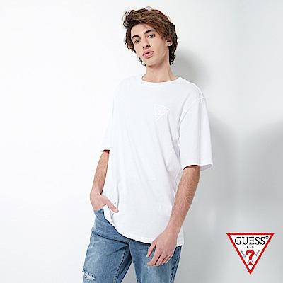 GUESS-男裝-寬鬆經典PVC壓印LOGO短T,T恤-白 原價1390
