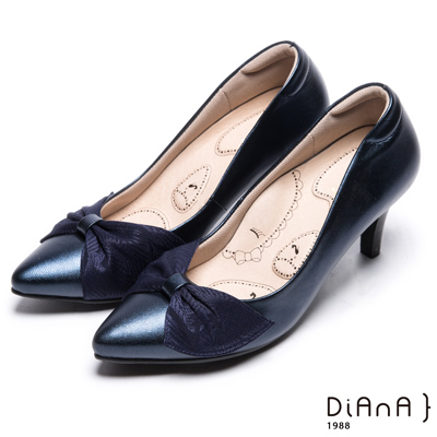 DIANA 輕熟時尚--蝴蝶結尖頭真皮跟鞋-藍