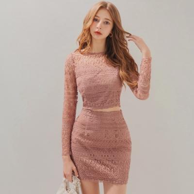 AIR SPACE 性感桃心領雕花蕾絲裙套裝(粉紅)