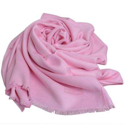 MOSCHINO 品牌字母圖騰LOGO高質感素雅義大利製披肩圍巾(粉紅)