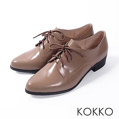KOKKO -英國午茶經典綁帶真皮尖頭鞋-奶茶卡其