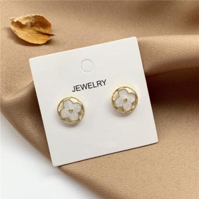 梨花HaNA 韓國高貴簡約四葉草貝石圓飾.微鑲925銀針耳環