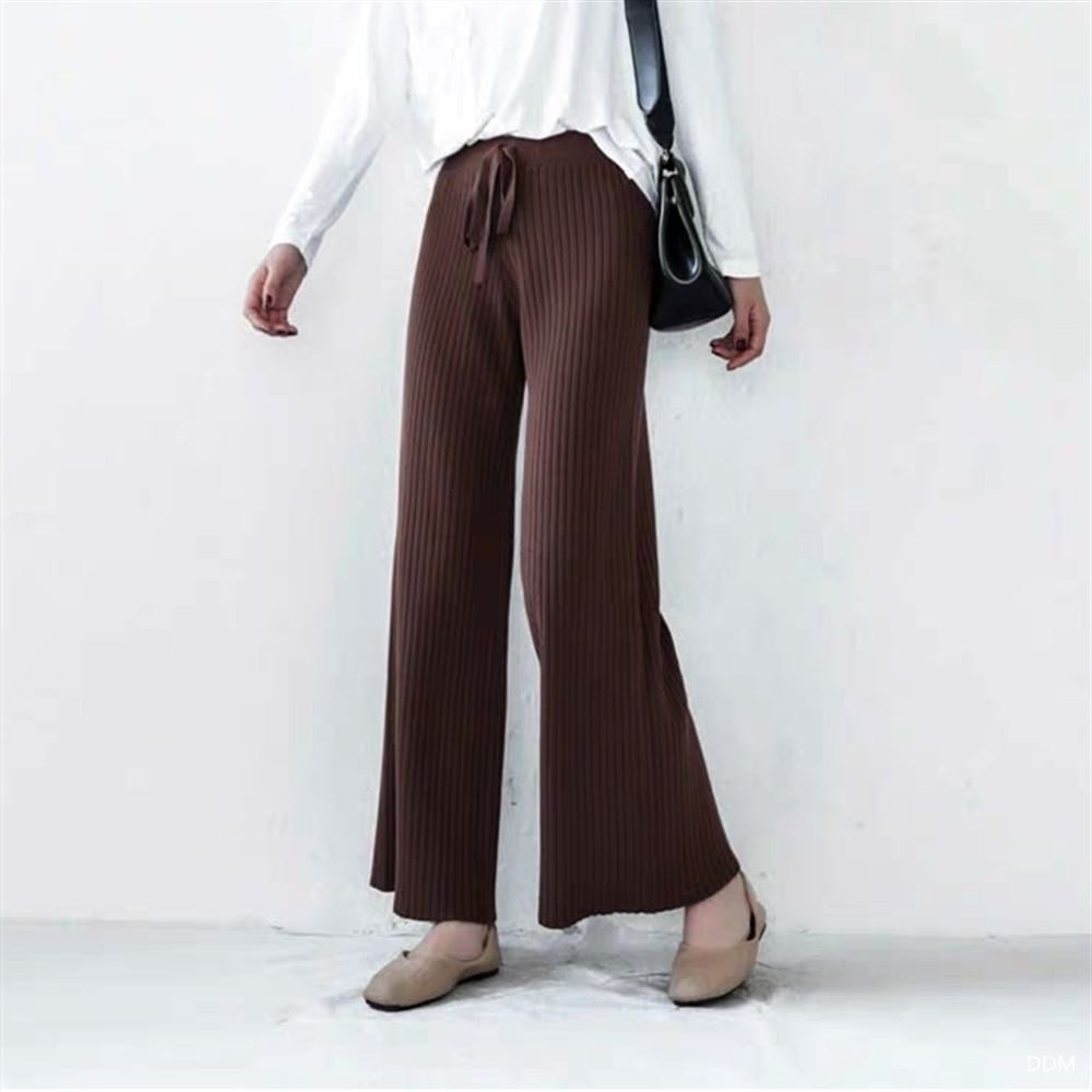 La Belleza鬆緊腰粗抽繩粗坑條彈性包心紗針織垂墬闊腿褲 product image 1