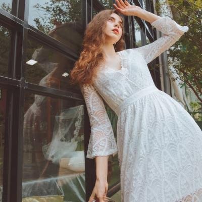 AIR SPACE 浪漫蕾絲V領七分袖洋裝(白)