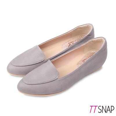 TTSNAP內增高-MIT桃心真皮後跟沙發低跟鞋 灰