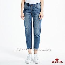 BRAPPERS 女款 Boy friend 系列-女用褲口英文刺繡八分褲-水洗藍