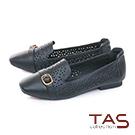 TAS 幾何沖孔金屬皮帶扣尖頭樂福鞋-個性黑
