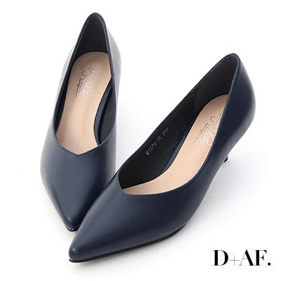 D+AF 冬日美人.素面V口尖頭中跟鞋*藍