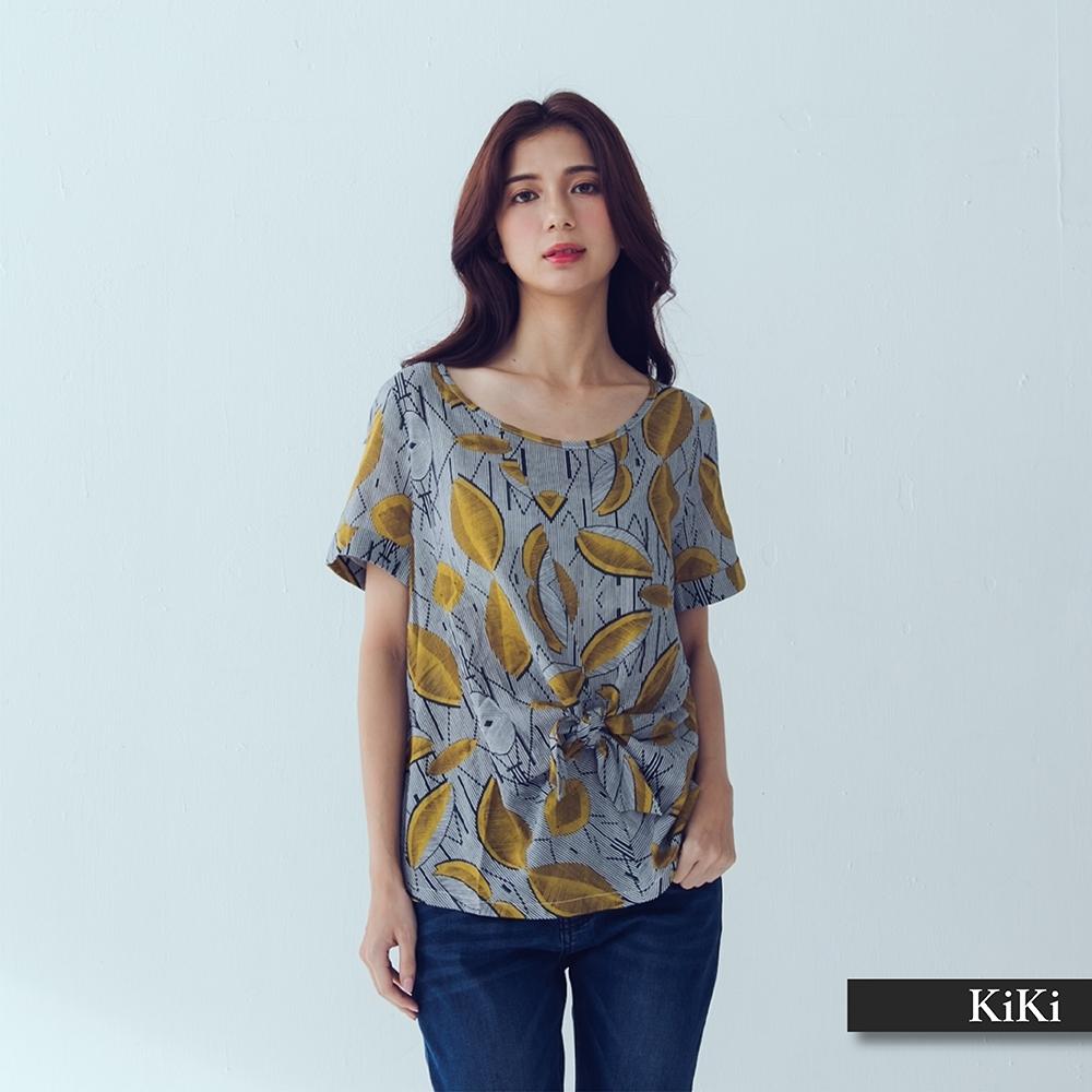 【KiKi】綁結造型印花反褶袖口短袖-襯衫(二色)