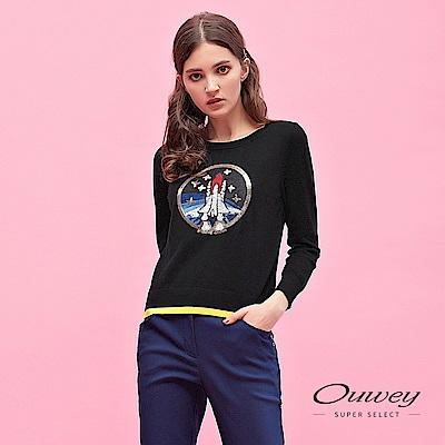 OUWEY歐薇 浩瀚宇宙刺繡亮片裝飾造型圓領針織上衣(黑)