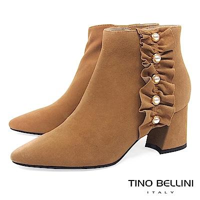 Tino Bellini浪漫抓摺鑲珍珠全真皮高跟短靴_駝