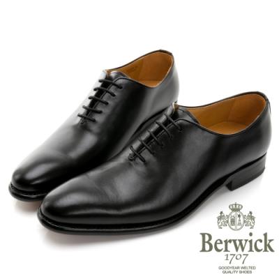 BERWICK西班牙進口-固特異工藝WHOLE CUT 全裁片極簡牛津鞋 -黑 635034KM
