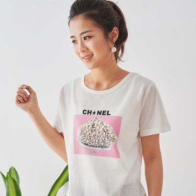 【白鵝buyer】 CH珍珠造型立體造型T恤_白