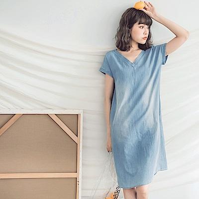 高含棉美背設計V領牛仔洋裝-OB大尺碼