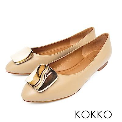 KOKKO - 溫柔的光亮金屬扣手工平底鞋-奶油杏