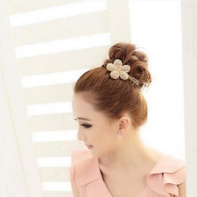 【89 zone】法式古典花朵水晶珠珠髮夾(香檳)