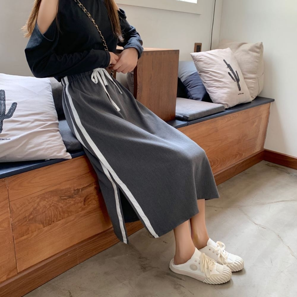 La Belleza鬆緊腰抽繩側邊滾邊雙槓條紋側開叉棉質中長裙