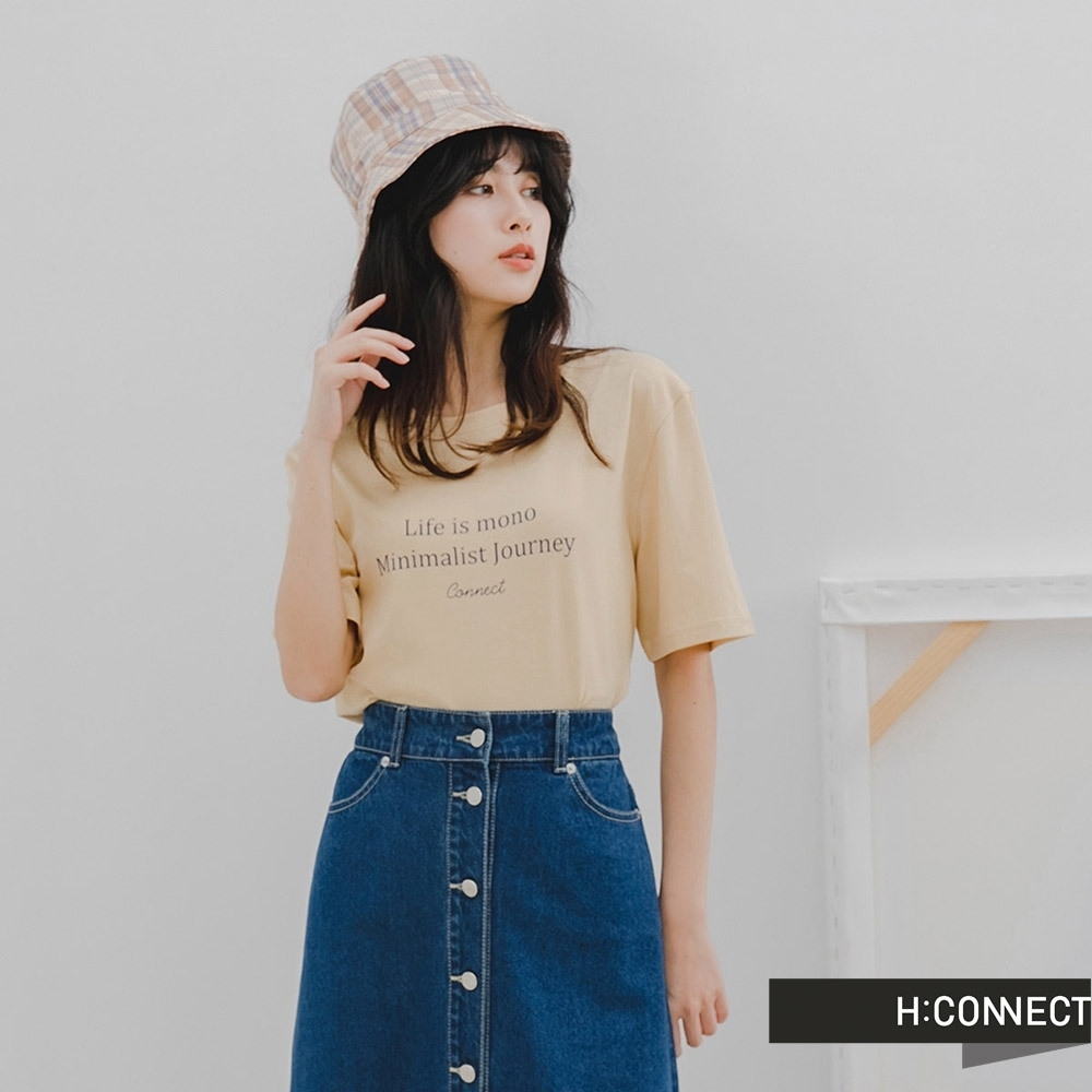 H:CONNECT 韓國品牌 女裝 -素色英文標語落肩T-Shirt-米色