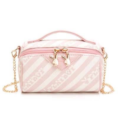 PLAYBOY-  手提化妝包附長鍊帶 粉潮流系列 -粉色