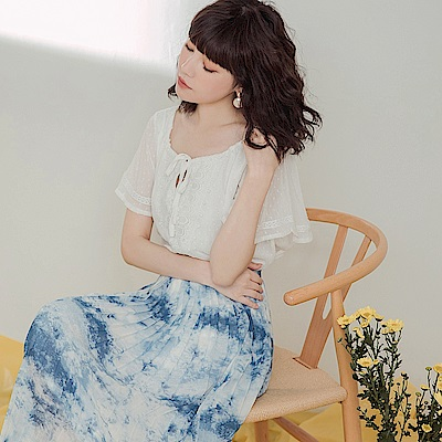 純色壓紋布蕾絲綁帶雪紡上衣-OB大尺碼