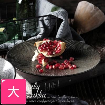 Homely Zakka 日式創意復古浮雕條紋陶瓷餐具_大圓平盤