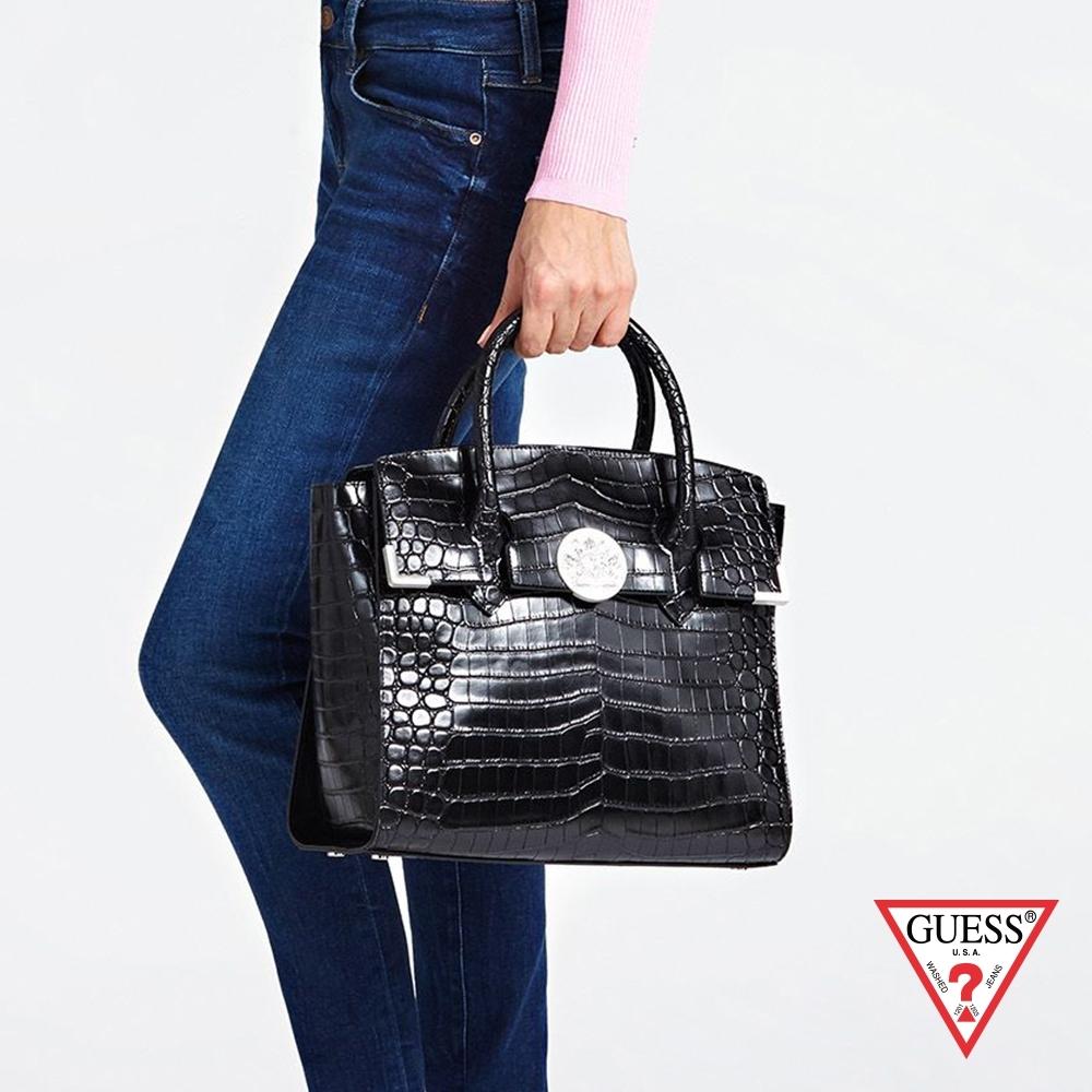 GUESS-女包-鱷魚壓紋手提肩背包-黑