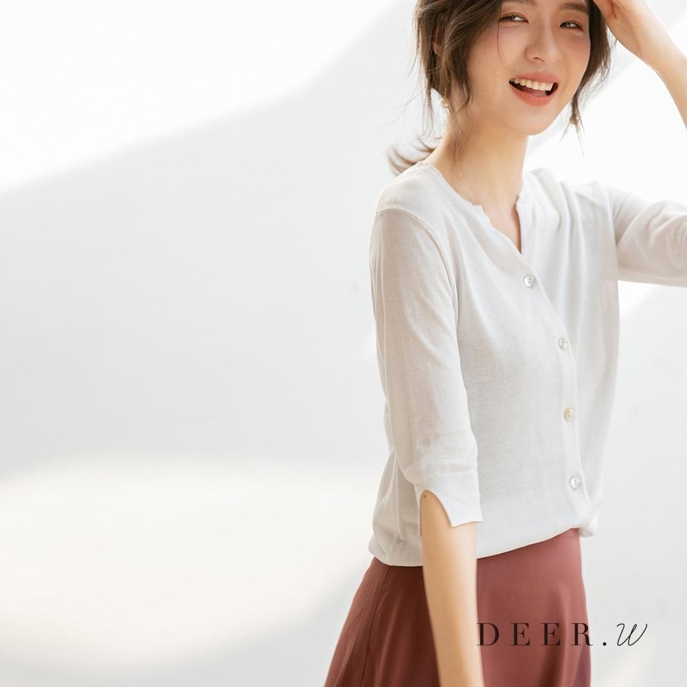 DEER.W 開衩五分袖排釦針織外套(白)
