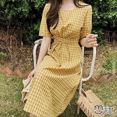 格紋方領交叉繫帶中長連身裙洋裝 黃色-mini嚴選
