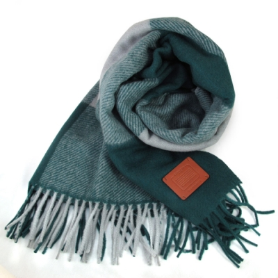 COACH 綠灰雙色格紋寬版羊毛圍巾(183x61cm)