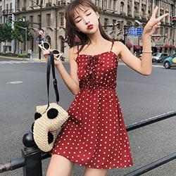 清新點點細肩帶綁帶洋裝 (共三色)-Kugi Girl