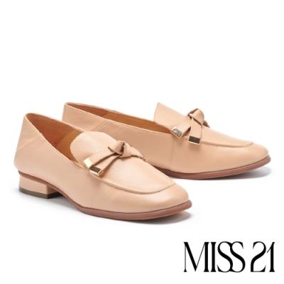 低跟鞋 MISS 21 極簡復古蝴蝶結設計牛皮方頭粗跟鞋-米