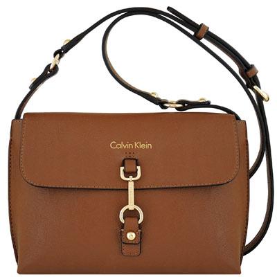 Calvin Klein 咖啡色皮革釦環斜背包