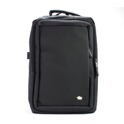 DRAKA 達卡 - 品味格調防潑水USB防盜後背包-黑