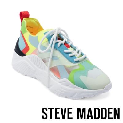 STEVE MADDEN-ASHEN 多彩視覺玩色半透明平底增高休閒鞋-撞色藍