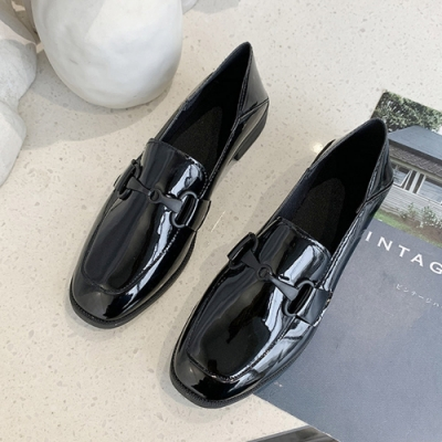 KEITH-WILL時尚鞋館 自然色調復古有跟樂福鞋-亮皮黑
