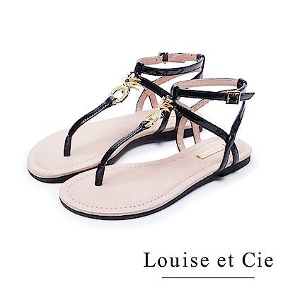 Louise et Cie 鳳梨金屬扣平底夾腳涼鞋-鏡黑