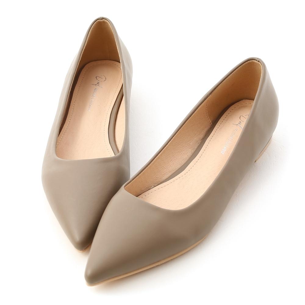 D+AF 典雅氛圍.韓風素面低跟尖頭鞋*灰
