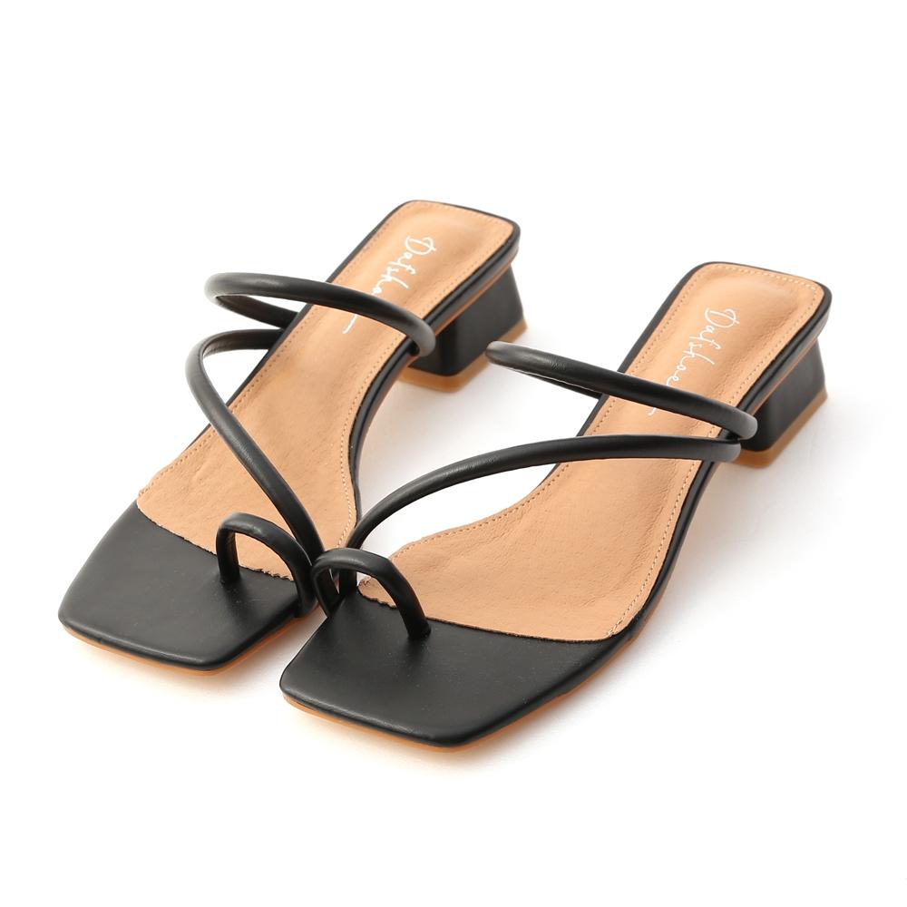 D+AF 涼夏日常.圓帶套指低跟涼鞋*黑