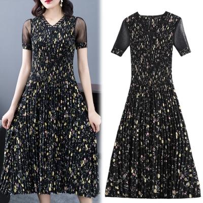 【韓國K.W.】(預購)春季碎花壓褶修身時尚洋裝-3色