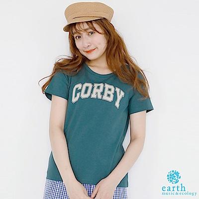 earth music 休閒感英文字母T恤/上衣