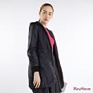 KeyWear奇威名品     輕暖雙色兩面穿連帽長袖外套-葡萄紫色
