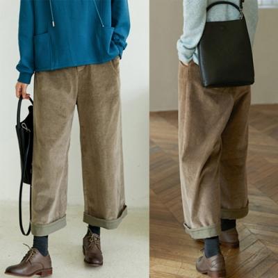 9坑直條燈蕊絨文藝復古寬管九分休閒褲-設計所在