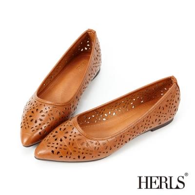 HERLS平底鞋-緹花鏤空石頭紋尖頭平底鞋-棕色