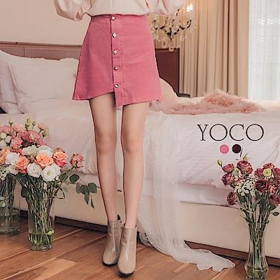 東京著衣-yoco 歐膩嚴選錯位裙襬復古排釦燈心絨短裙-S.M.L(共二色)