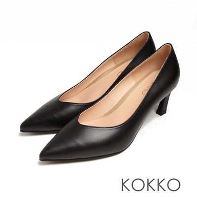 KOKKO時尚細尖頭素面霧面風小貓跟黑色