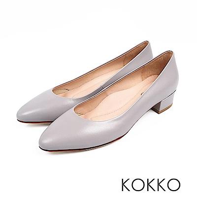 KOKKO -女力時代素面真皮舒壓中跟鞋-柔粉藍