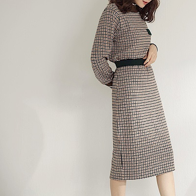 腰鬆緊滿版復古千鳥格紋套裝中長窄裙-OB大尺碼