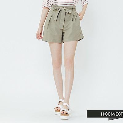 H:CONNECT 韓國品牌 女裝-綁結打摺棉麻短褲-卡其